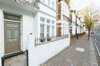 5 Bedrooms Terraced House for sale in Munster Road, Parsons Green, Fulham, London SW6