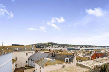 1 Bedroom Flat for sale in Teignmouth, Devon