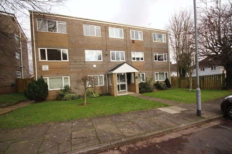 2 Bedrooms Flat for rent in Wentloog Close, Rumney