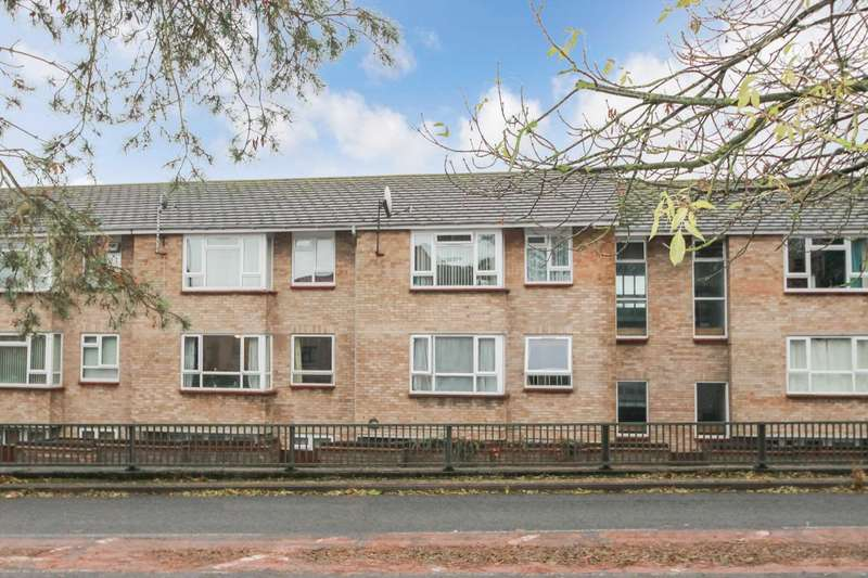 1 Bedroom Flat for sale in Rosebery Way, Tring