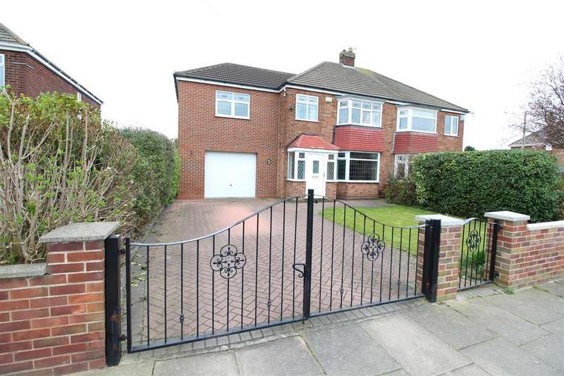 2 Bedrooms Semi Detached House for sale in Daggett Road, Cleethorpes