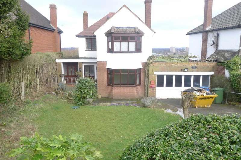 3 Bedrooms Detached House for sale in Springhill Lane, Lower Penn. WV4