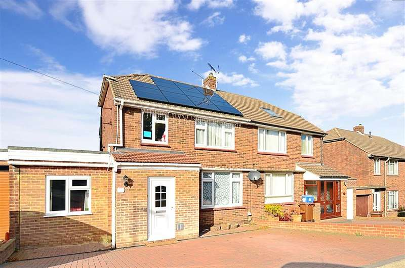 4 Bedrooms Semi Detached House for sale in Snodhurst Avenue, Walderslade, Chatham, Kent