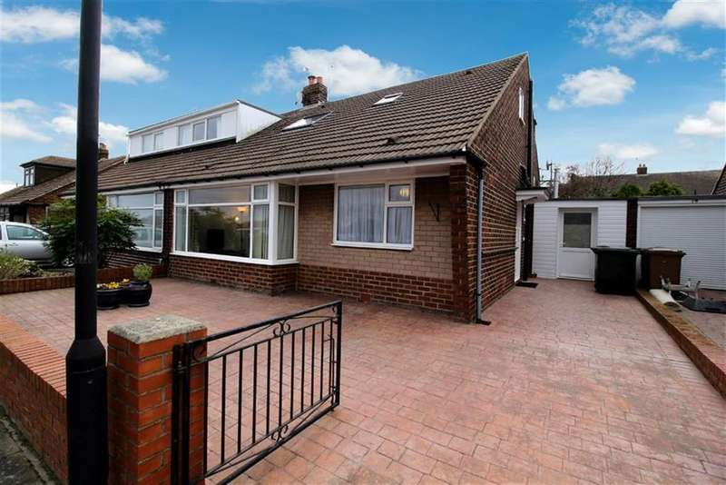 4 Bedrooms Semi Detached Bungalow for sale in Alder Grove, Whitley Bay