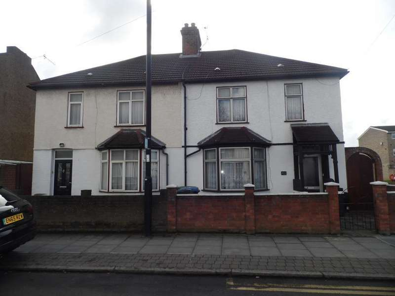 4 Bedrooms Semi Detached House for sale in Lincoln road, Enfield, EN3 4AQ