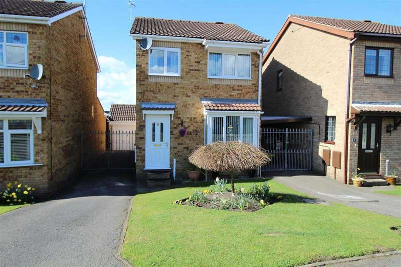 3 Bedrooms Detached House for sale in High Hoe Drive, Worksop