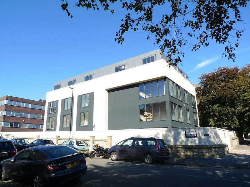 1 Bedroom Flat for sale in St Leonards Road, Eastbourne, BN21