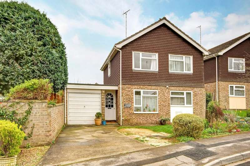 4 Bedrooms Detached House for sale in Catherine Close, Shrivenham, Swindon, SN6