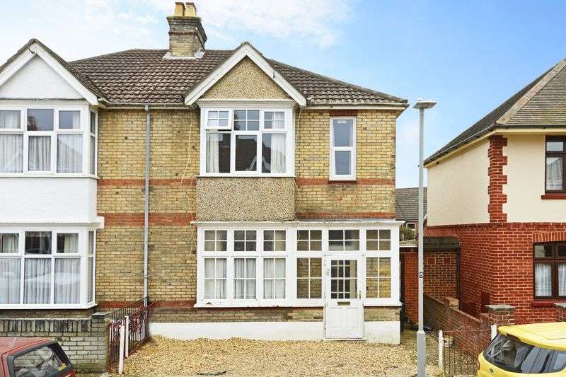 3 Bedrooms Semi Detached House for sale in Hillman Road, Poole. BH14.