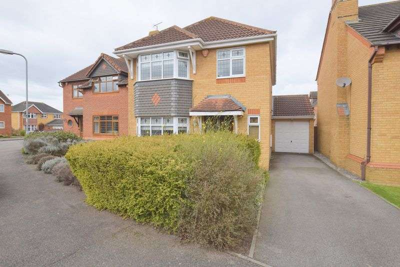 4 Bedrooms Detached House for sale in Wiltshire Way, Bletchley,Milton Keynes