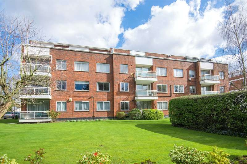 2 Bedrooms Flat for sale in Rydal Court, 17 Stonegrove, Edgware, HA8