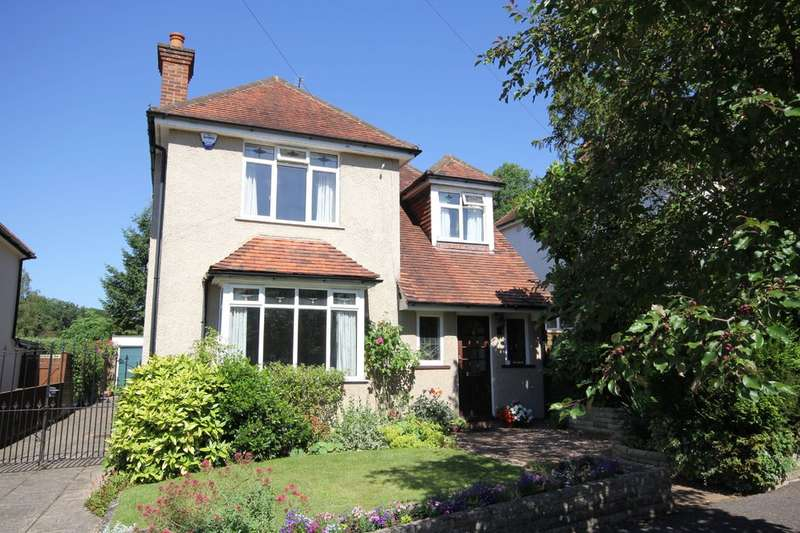4 Bedrooms Detached House for sale in High Wycombe | Buckinghamshire
