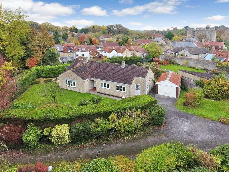 3 Bedrooms Detached Bungalow for sale in High Street, Nunney