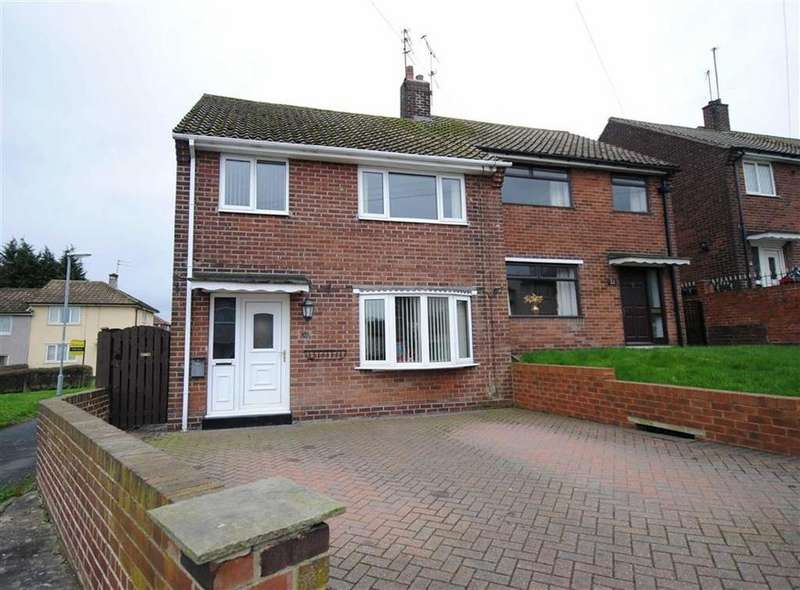 3 Bedrooms Semi Detached House for sale in Church Road, Great Preston, Leeds, LS26