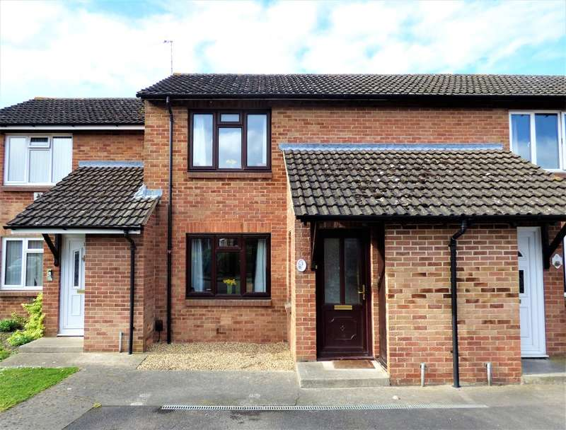 2 Bedrooms Terraced House for sale in Ludlow Close, Westbury