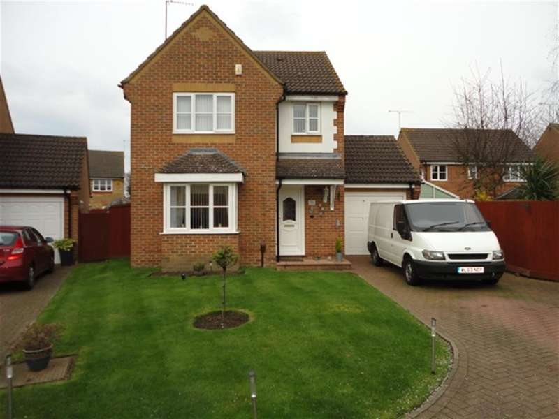 3 Bedrooms Detached House for sale in Copse Close, Slough, SL1 5DT