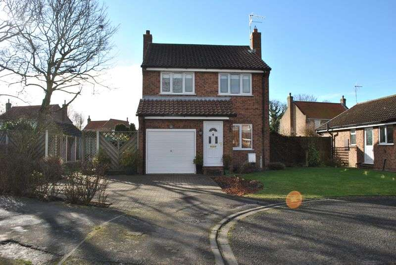 3 Bedrooms Detached House for sale in Grove Park, Barlby