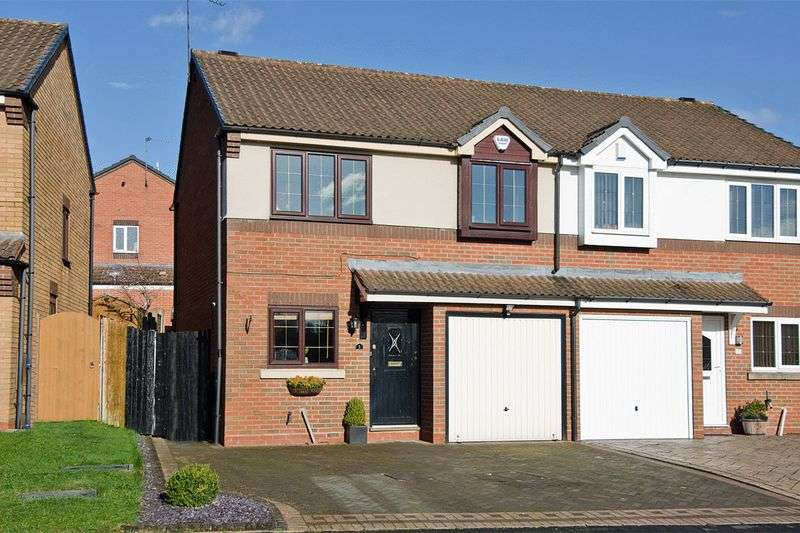 3 Bedrooms Semi Detached House for sale in Primrose Meadow, Heath Hayes