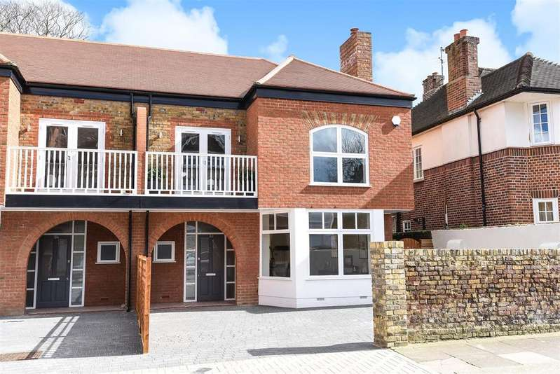 4 Bedrooms Semi Detached House for sale in Daylesford Avenue, Putney