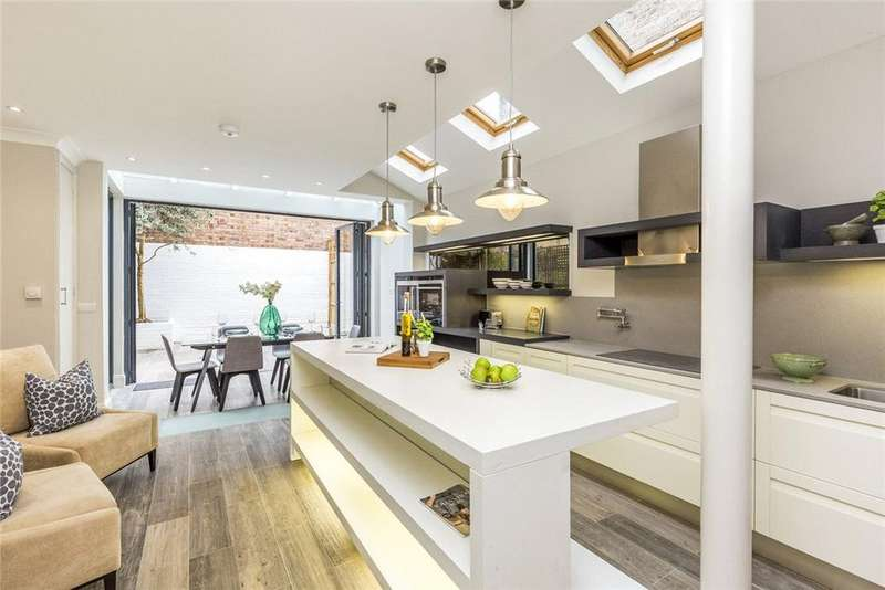 5 Bedrooms Terraced House for sale in Bagleys Lane, Fulham, London, SW6