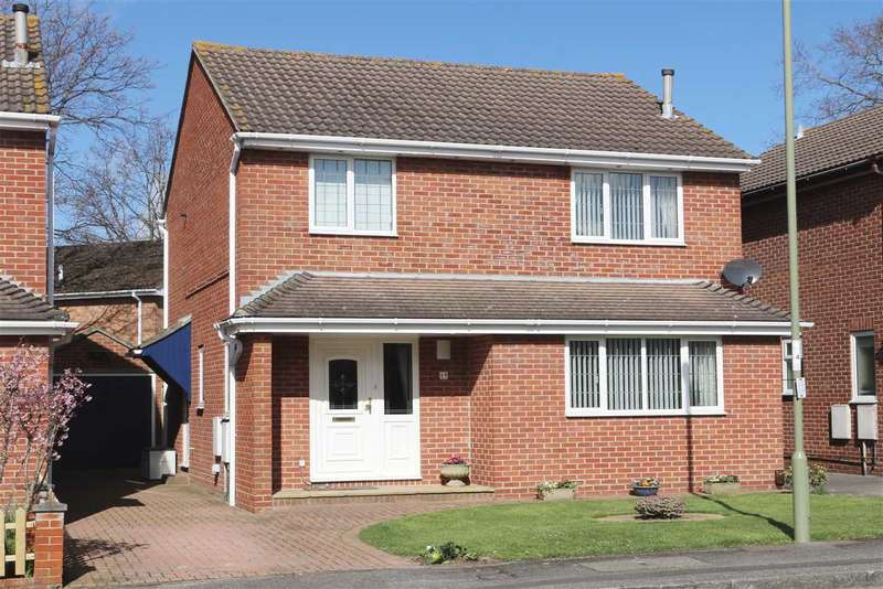3 Bedrooms Detached House for sale in SHEPHERDS PURSE CLOSE, LOCKS HEATH