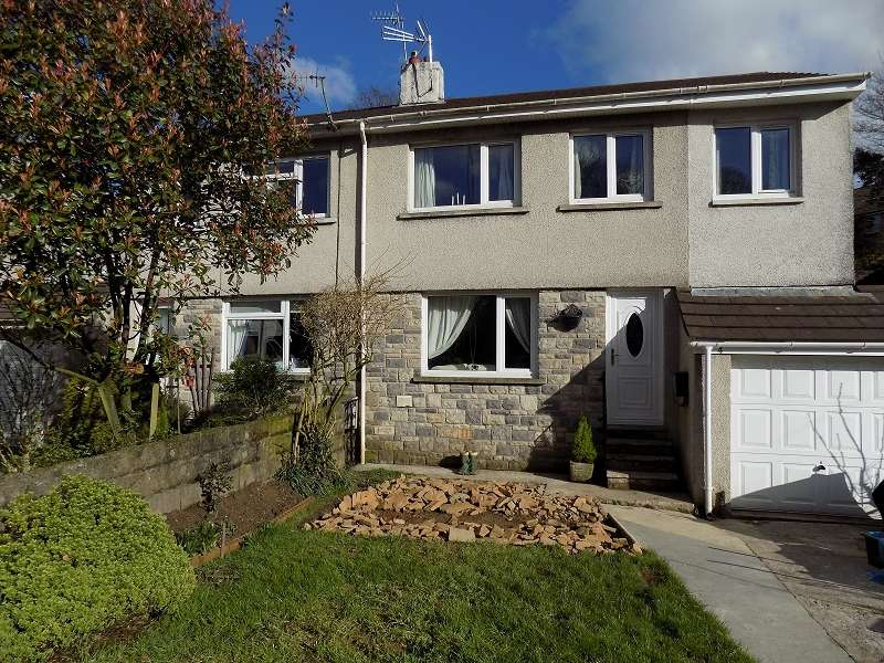 4 Bedrooms Semi Detached House for sale in Llangeinor Road, Brynmenyn, Bridgend. CF32 9LY