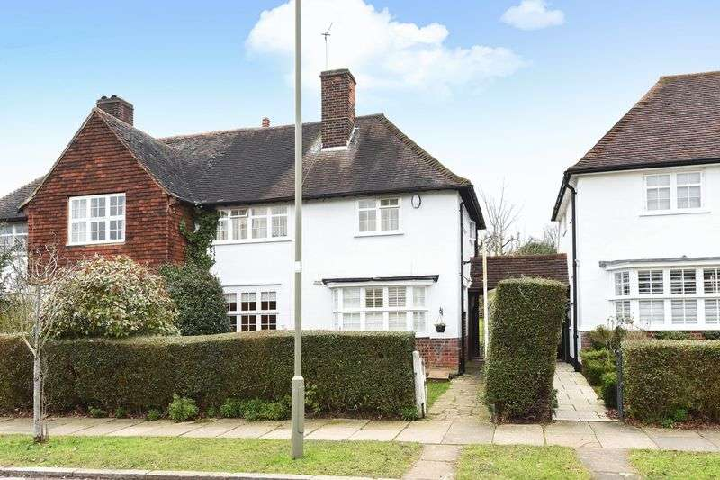 3 Bedrooms Semi Detached House for sale in Brookland Rise, Hampstead Garden Suburb, NW11