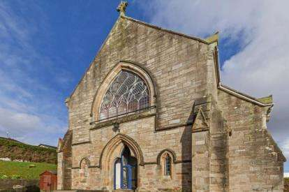 2 Bedrooms Flat for sale in Church Hall, Spinner Street