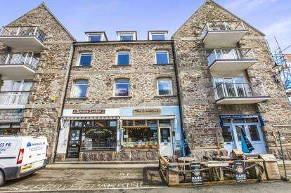 1 Bedroom Flat for sale in The Quay, Looe, Cornwall
