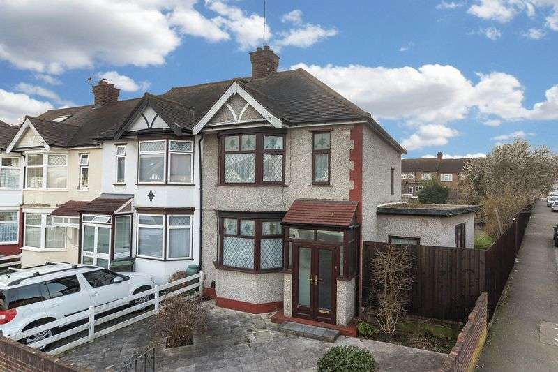 3 Bedrooms House for sale in Chestnut Avenue, Buckhurst Hill