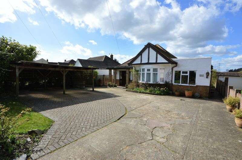 4 Bedrooms Detached Bungalow for sale in Glamorgan Road, Catherington