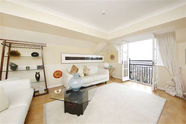 2 Bedrooms Flat for sale in Duncombe Hill, Forest Hill