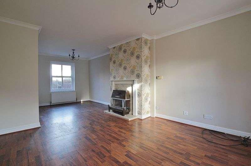 3 Bedrooms Terraced House for sale in King Street, Hornsea
