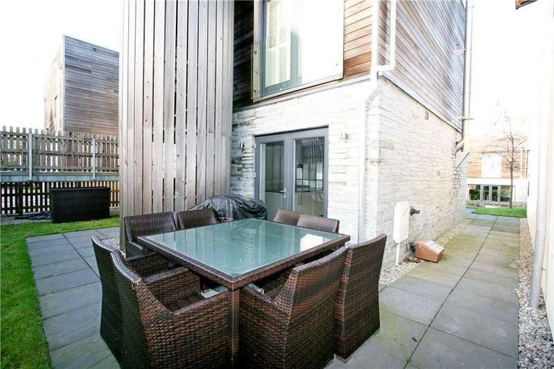 3 Bedrooms Detached House for sale in 11 The Bay, Talland Bay, Nr Looe, Cornwall
