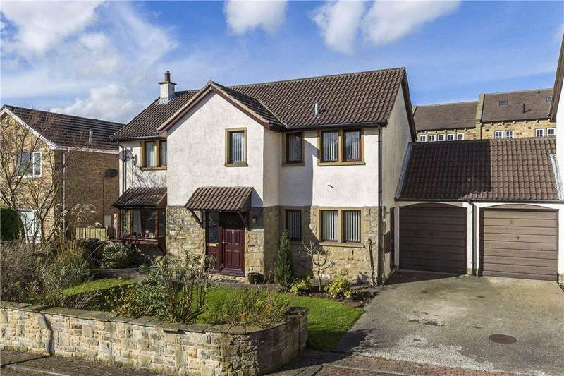 4 Bedrooms Link Detached House for sale in Beech Tree Court, Baildon, West Yorkshire