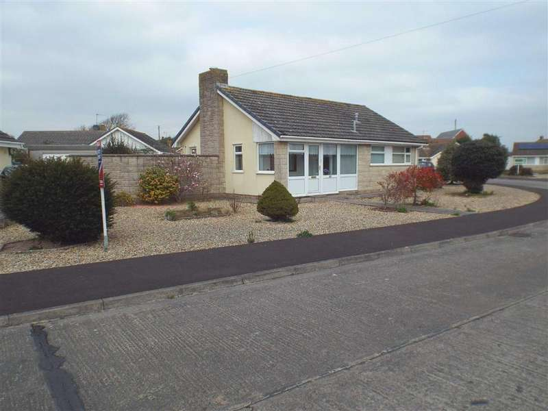 2 Bedrooms Detached Bungalow for sale in Links Gardens, Burnham-on-Sea