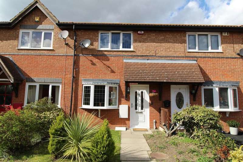 2 Bedrooms Terraced House for sale in Redwood Chase, South Ockendon, Essex, RM15