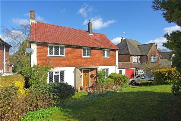3 Bedrooms Detached House for sale in Woodside Road, Purley