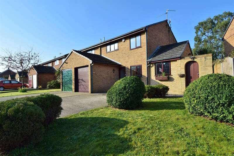 3 Bedrooms Semi Detached House for sale in Peartree Road, Herne Bay