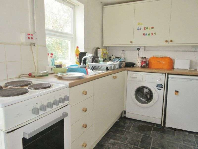 5 Bedrooms Terraced House for rent in Viaduct Road, Brighton