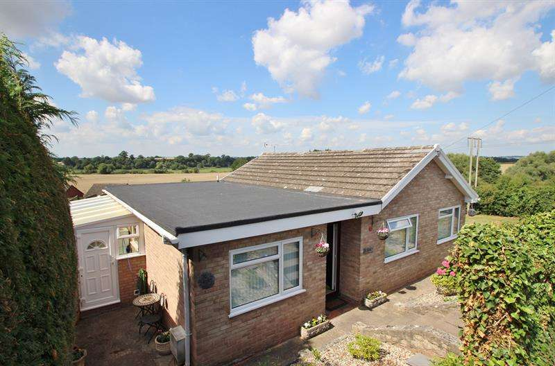 3 Bedrooms Detached Bungalow for sale in Fourth Avenue, Greytree, Ross-On-Wye