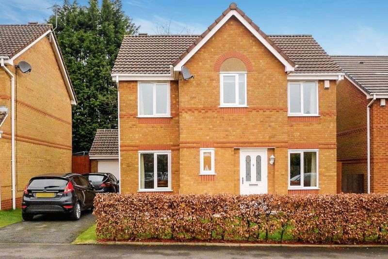 4 Bedrooms Detached House for sale in Nuffield Close, Heaton, Bolton