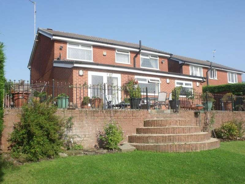 4 Bedrooms Detached House for sale in Albury Drive, Rochdale