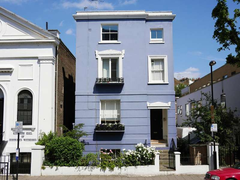 3 Bedrooms Flat for sale in Monmouth Road, London w2