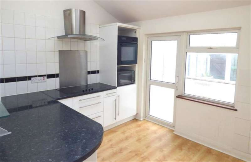 4 Bedrooms End Of Terrace House for sale in Lionel Road North, Brentford , TW8