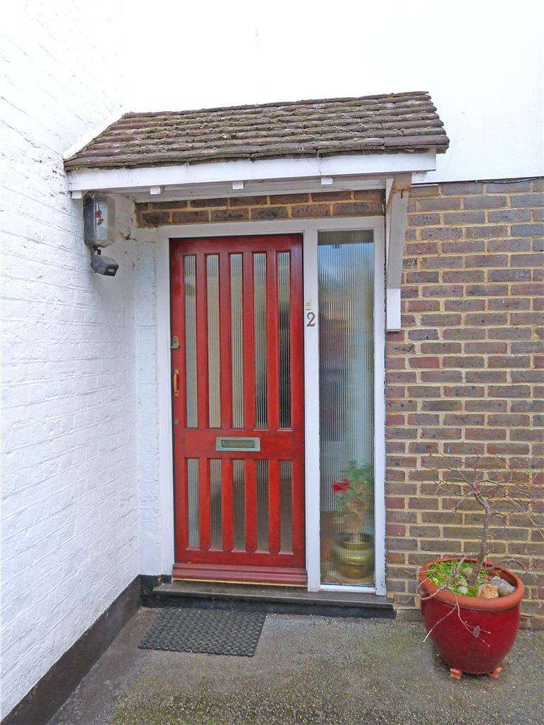 3 Bedrooms End Of Terrace House for sale in Nunnery Stables, De Montfort Road, Lewes, East Sussex, BN7
