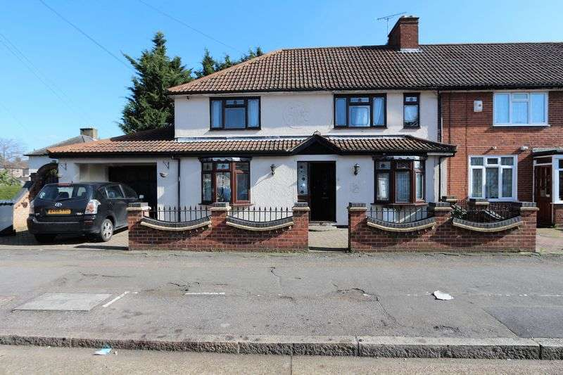 4 Bedrooms Terraced House for sale in Markyate Road, Dagenham