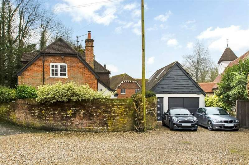 3 Bedrooms Detached House for sale in Travellers End, Winchester, Hampshire, SO22