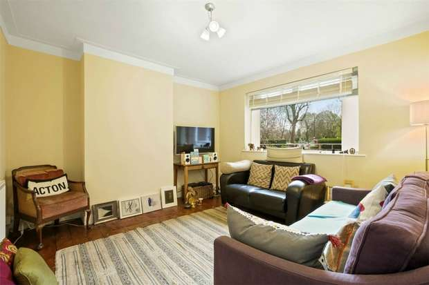 2 Bedrooms Flat for sale in Rosemont Road, Acton