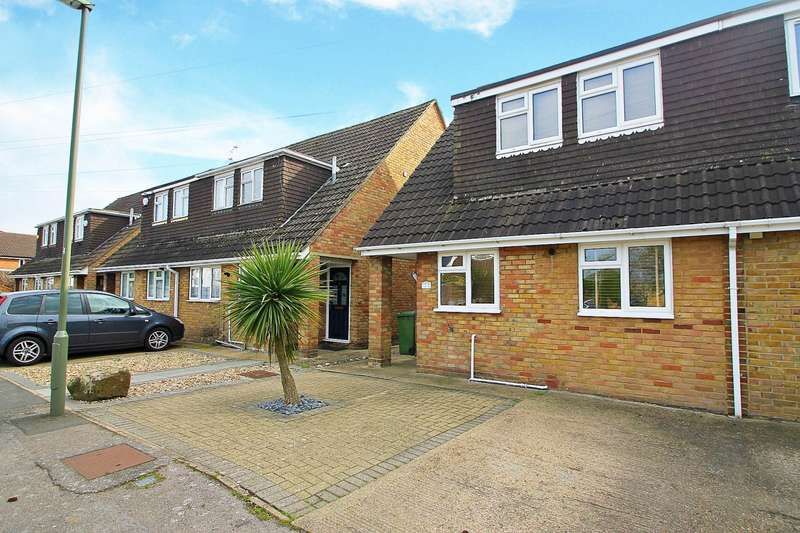 3 Bedrooms Semi Detached House for sale in Callis Farm Close, Stanwell Village, TW19